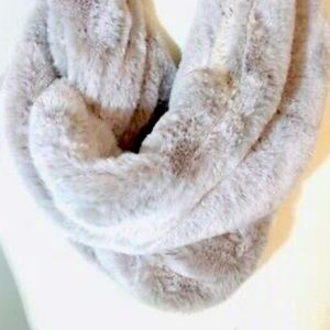 Infinity Scarf - Silver